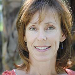 Leslie Helakoski